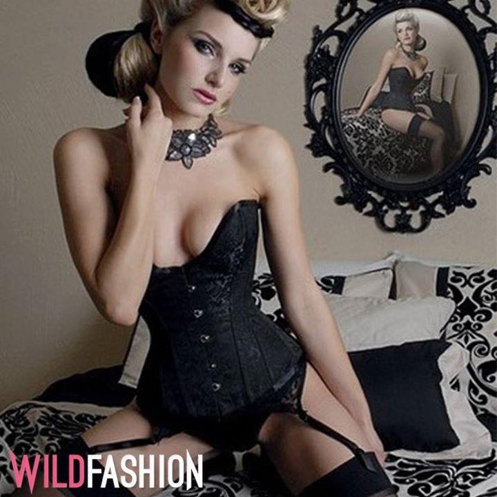 De ce iubim corsetele?💖 Pentru ca sunt calea spre o talie subtire si un decolteul voluptos! 😍👇  http://wld.fashion/URimYi?utm_content=buffer15754&utm_medium=social&utm_source=pinterest.com&utm_campaign=buffer