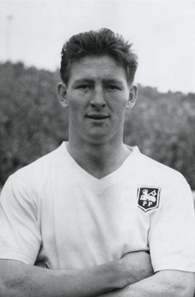 El defensor John O'Neill, del Preston North End F.C., a finales de los 50's inicio de los 60's.