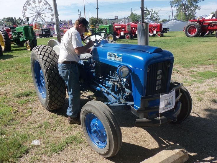 1964 Ford 2000 Tractor Parts : Best tractor images on pinterest horse barns