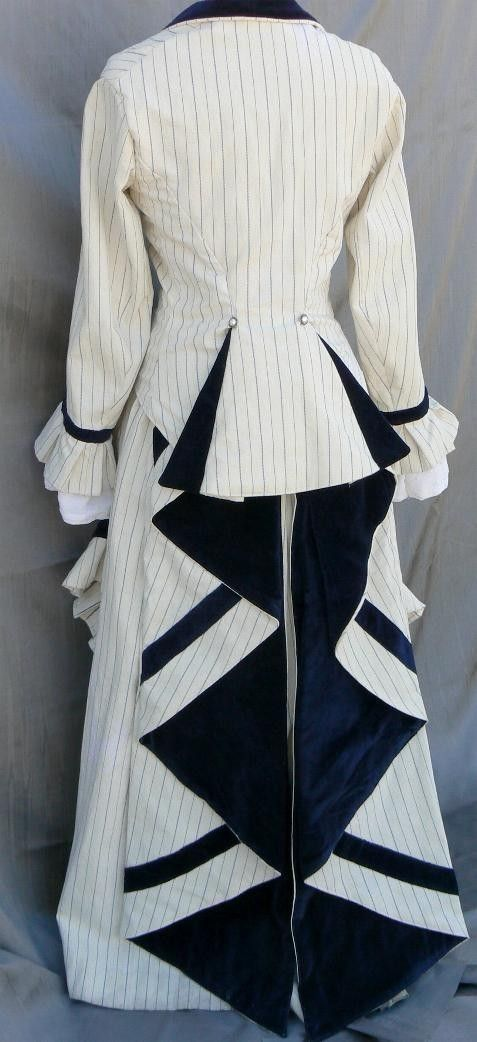 Bustle Dress from MaritimeArts. Perfect for a stroll at the seaside.