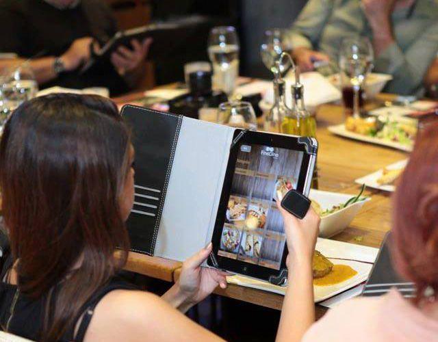 FineDine Tablet Menü olarak Webrazzi'de yer almış olan haberimizi burdan okuyabilirsiniz.
