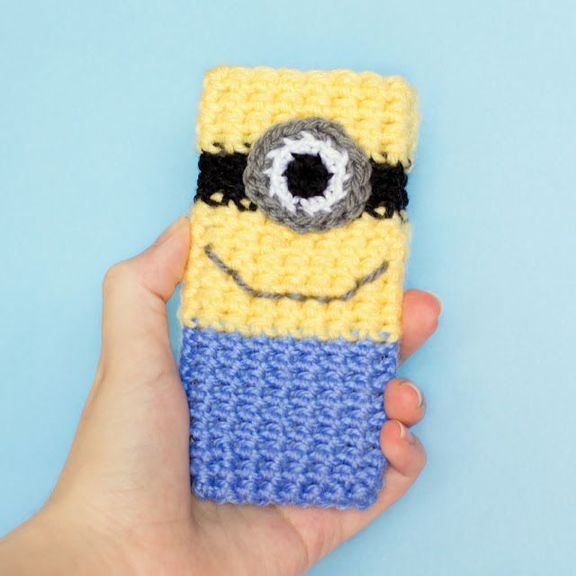 Minion Inspired Phone Case Crochet Pattern via Hopeful Honey-knit this big as hot water bottle cover?