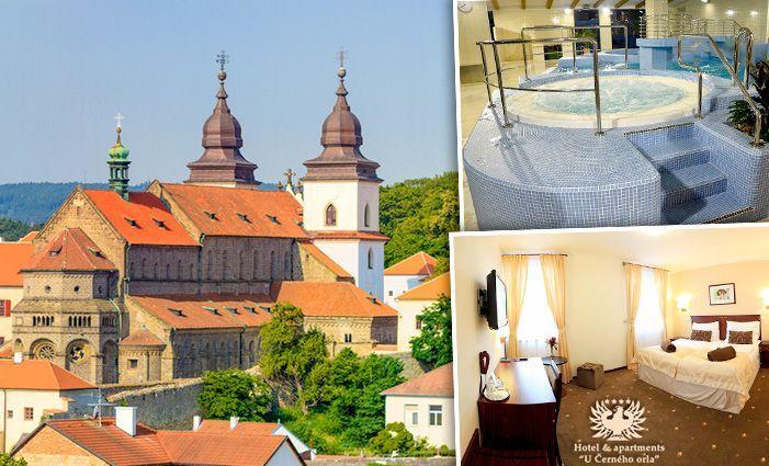 Pobyt pro dva sleva: 3 nebo 5 dní v hotelu U Černého orla pro dva s polopenzí a vstupenkou na památky UNESCO  Cena 5110 Kč, po slevě 41 % 2990 Kč   http://www.slevnicka.cz/sleva/3-nebo-5-dni-v-hotelu-u-cerneho-orla-pro-dva-s/4443801