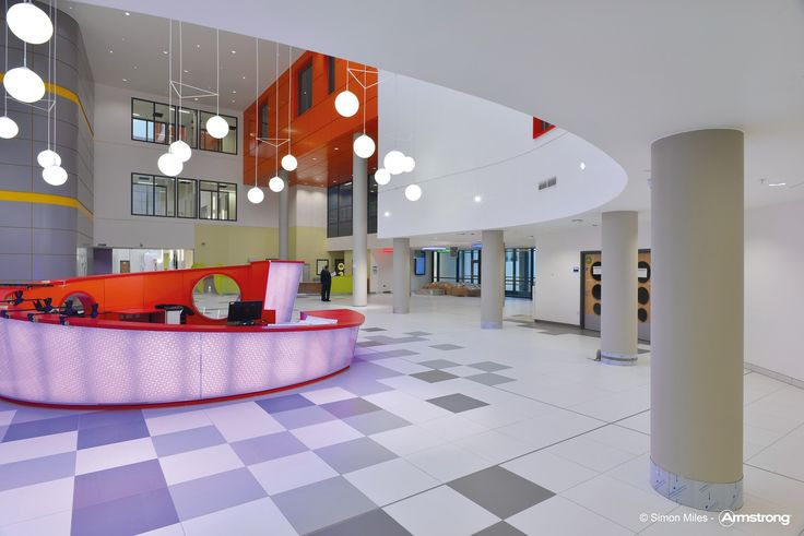 New Queen Elizabeth University Hospital   Armstrong, sufity podwieszane, ceiling, sufit akustyczny, acoustic, szpital, Axiom