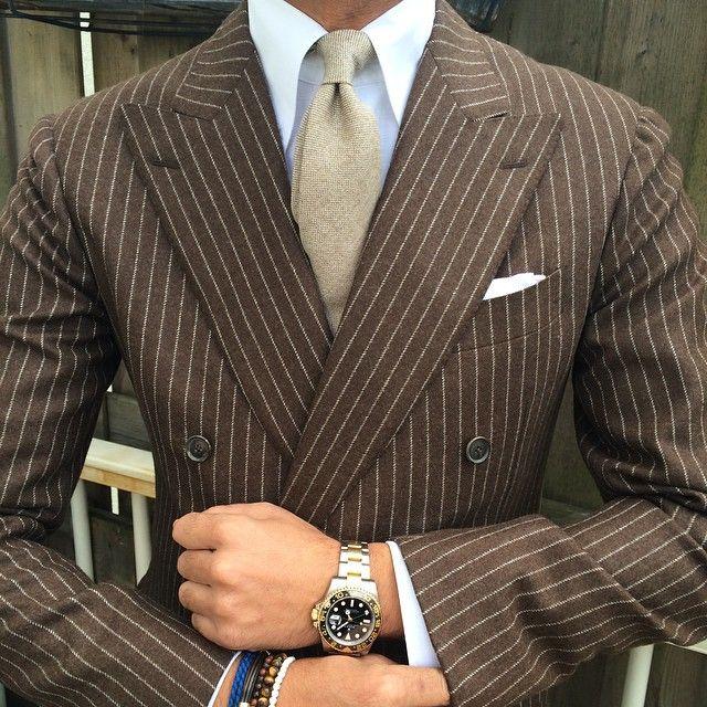 Brown Pinstripe Suit | La Beℓℓe ℳystère