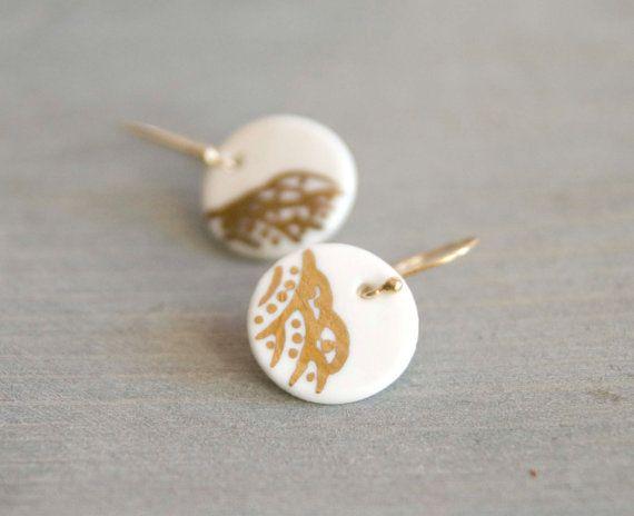 Dangle earrigs gold and porcelain - white porcelain on gold plated hooks, disc porcelain jewelry, modern ceramic earrings, bridal earrings