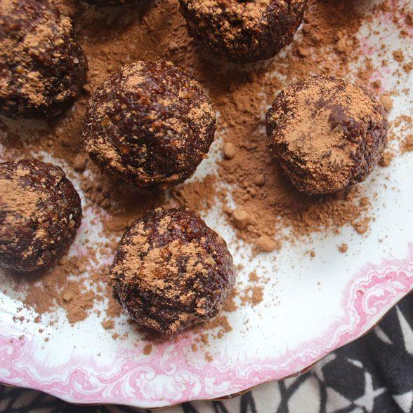 Raw Cacao and Walnut Truffle Bites