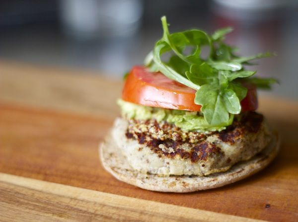 get your meaty fix – with white bean, quinoa   roasted garlic burgers on https://amandaskrip.com