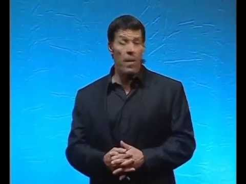 ▶ Anthony Robbins e l'intuizione di Bill Gates - YouTube