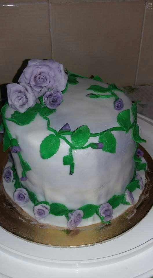 Romantic Lilian cake