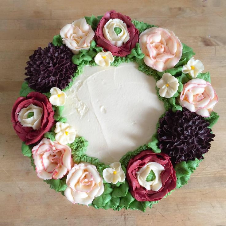 Bella's Cakes, The Vintage Wedding Show, Waldorf Astoria Edinburgh - The Caledonian on Sunday 7th February, 11am-4pm AND Drygate, Glasgow on Sunday 13th march, 11am-4pm