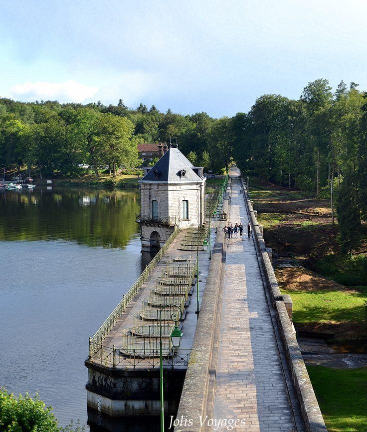 Lac des Settons - Parc du Morvan en Bourgogne. #Bourgogne #ParcduMorvan #Morvan #Pont #Barrage