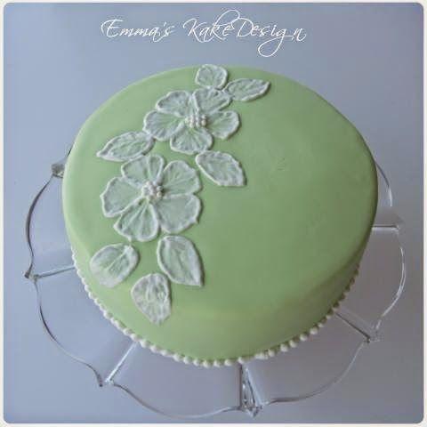 Emmas KakeDesign: Brush Embroidery!