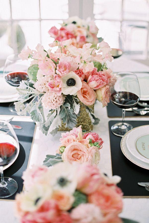 おしゃれでコケティッシュ♡ 大人かわいい《ピンク × ブラック》のテーブルコーディネート*15選   ZQN♡