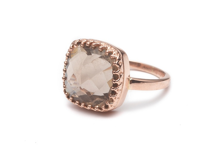 Ring 14 carat rose gold with smokey quartz