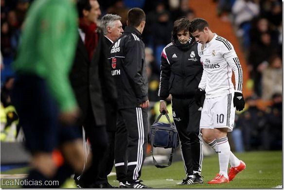 James Rodríguez fue operado con éxito de su lesión en el pie derecho - http://www.leanoticias.com/2015/02/06/james-rodriguez-fue-operado-con-exito-de-su-lesion-en-el-pie-derecho/