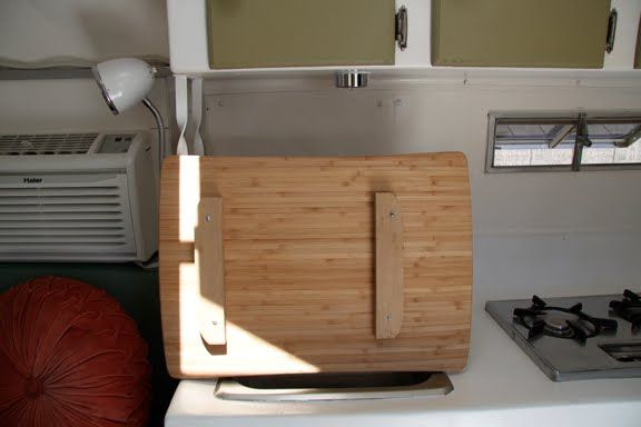 Nice cutting board to remedy the lost space from the sink.Spaces, Covers Sinks, Campers Camps, Sink Covers For Trailers, Sinks Covers, Bigbang Studios, Boards Sinks, Updates Cuttingboard, Braces Cut