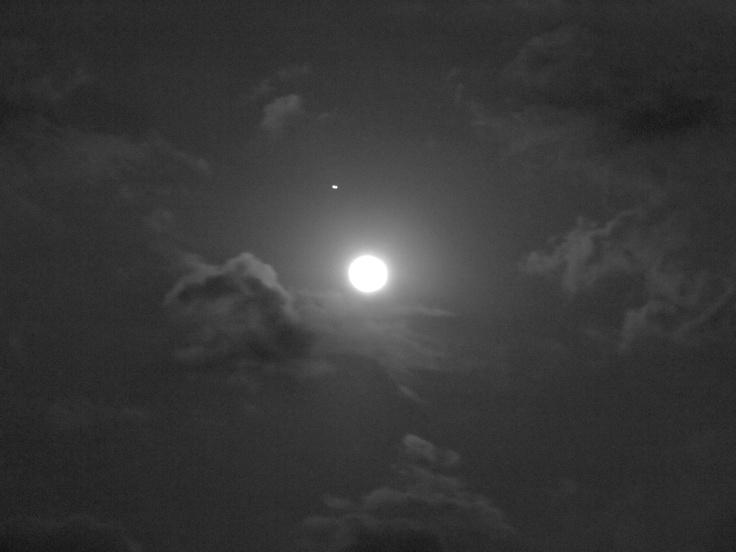 Luna del 28 de Noviembre del 2012 desde Cuernavaca, Morelos.  --- 01