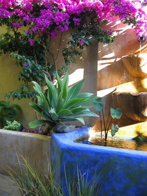 25 best ideas about mexican garden on pinterest mexican - Mexican style patio design ...