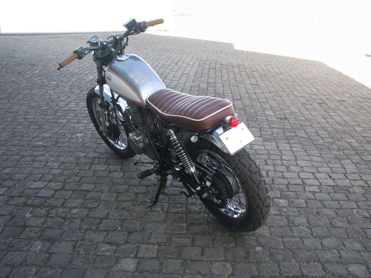 Suzuki GN 250_Scrambler13