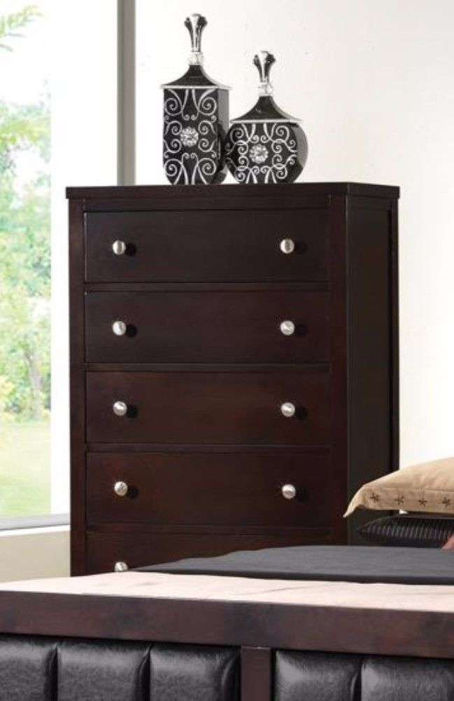 Carlton Collection Chest – Coaster 202095   – Products