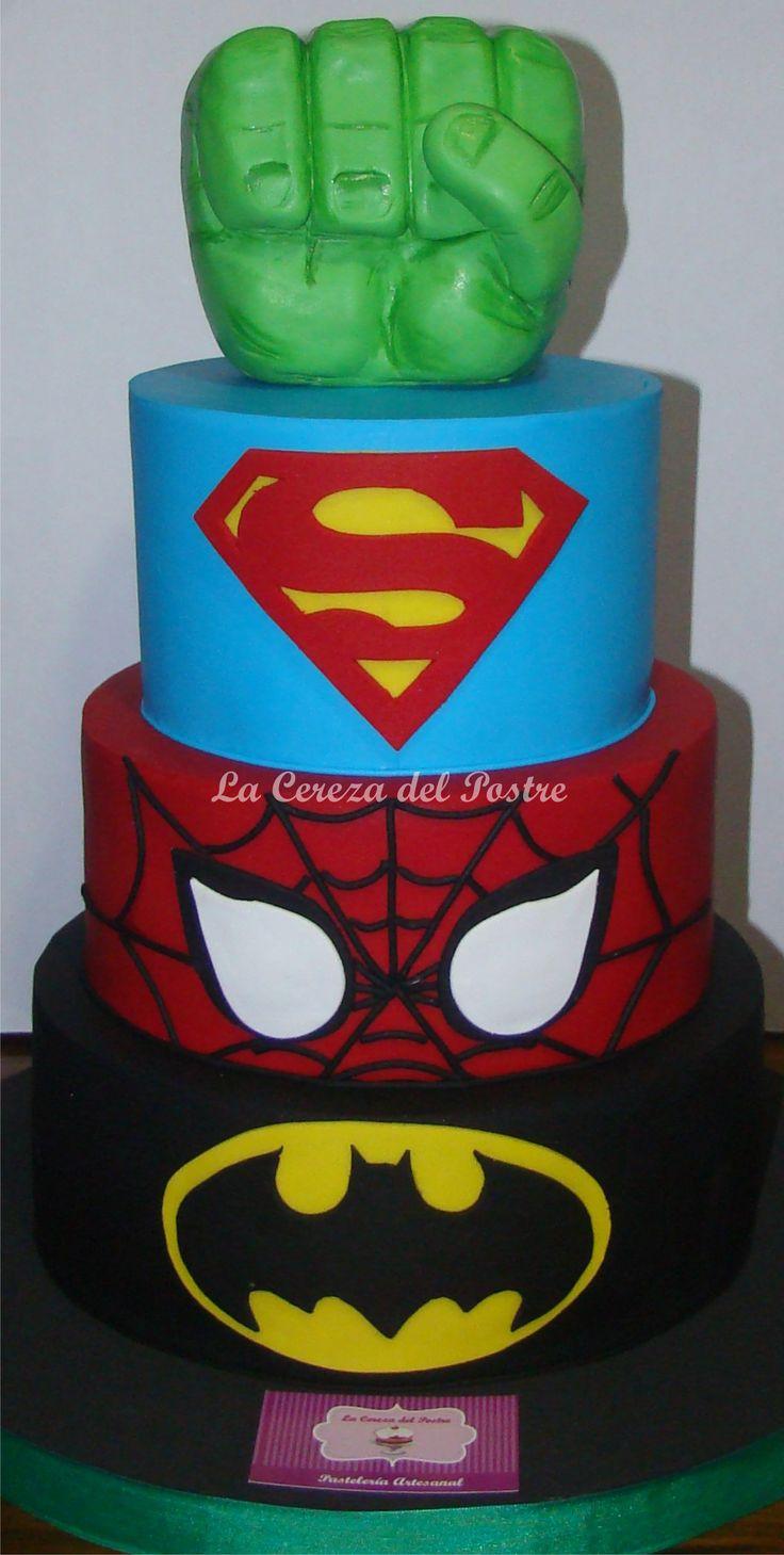 #superheroescake #tortasuperheroes #marvelcake #hulkcake #batmancake #spidermancake #supermancake #lacerezadelpostre
