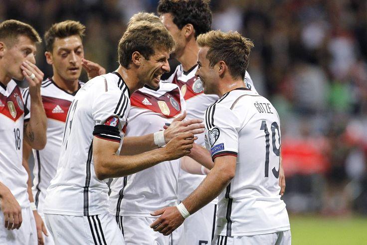 EM-Qualifikation: Die Pressereaktionen nach dem Spiel Deutschland gegen Polen http://web.de/magazine/sport/fussball/em/em-qualifikation/em-qualifikation-pressereaktionen-spiel-deutschland-polen-30897622