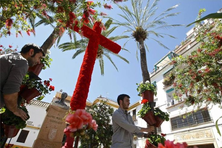 Cruces de Mayo This festival is also known as the May Crosses which is celebrated mainly in Cordoba and Granada at the start of May each year.