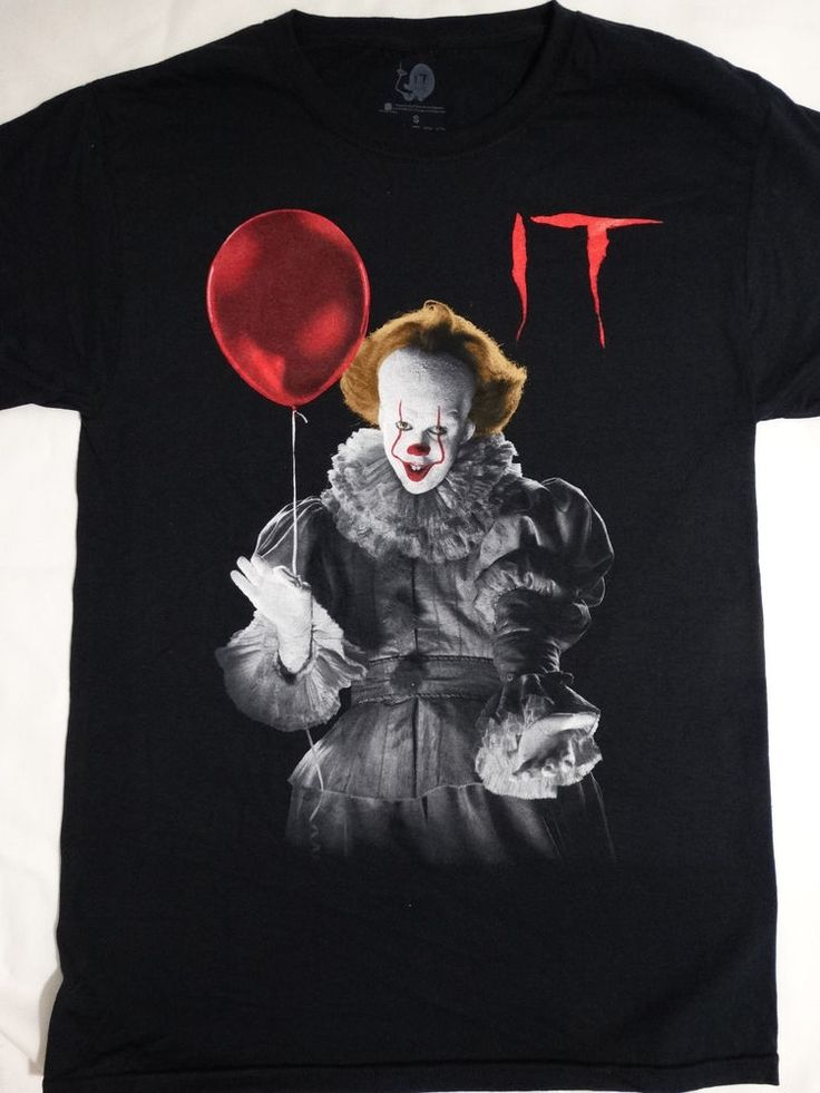 It The Movie Pennywise The Clown Holding Balloon T-Shirt ...