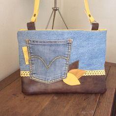 Pochette classy en jean et simili marron , jaune et doré