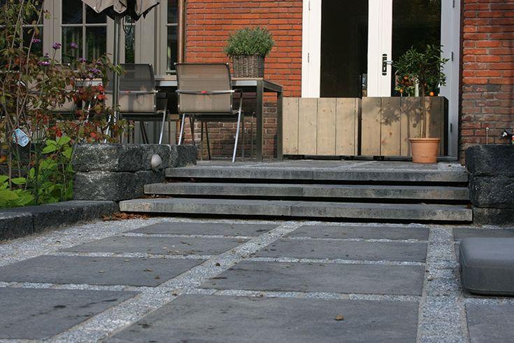 Jaren30woningen.nl | Pad naar verhoogd terras bij een # ...