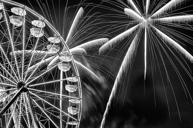 Fireworks at the Fair - JPG Photos: Photos, Scripts, Stunning Photography, Jpg Photo, Fireworks Photo, Profile Photo, Photo Incl, View, Ferris Wheels