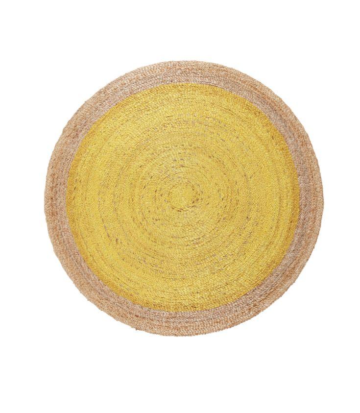 Ideas de decoración para habitaciones infantiles y juveniles, Alfombra fibra natural y color amarillo canario de Armadillo&Co