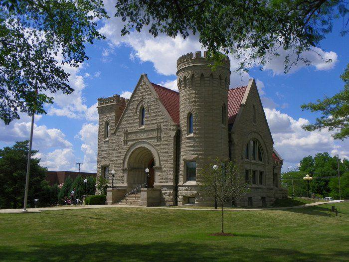 Visit 11 Majestic Castles That Are Hidden Throughout Ohio Castles To Visit Van Wert Van Wert Ohio