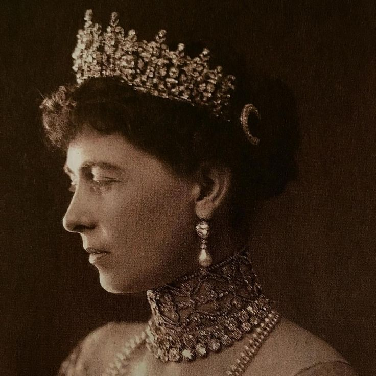 Queen Sophie of Greece #BringBacktheTiara