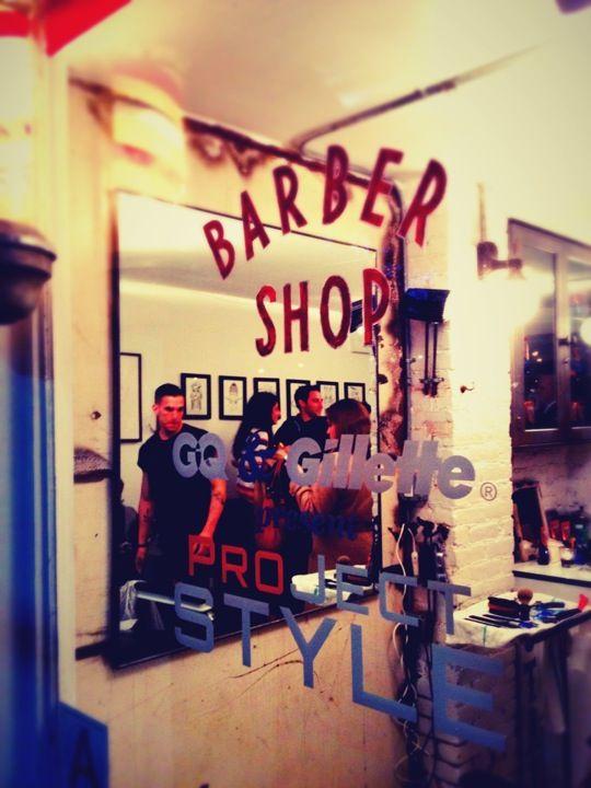 Barber shops ideas on Pinterest Straight razor shave, Barber shop ...