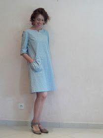 Je viens juste de terminer une robe en Vichy aux couleurs un peu originales : un gris clair chaud et un vert pale qui tire sur le ble...