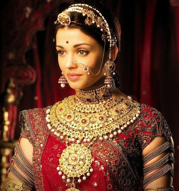 Mughal Jewels from The film Johda Akbar