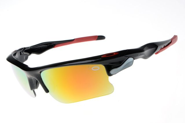 oakley sunglasses for 2013 summer, and it is necessary at this season!