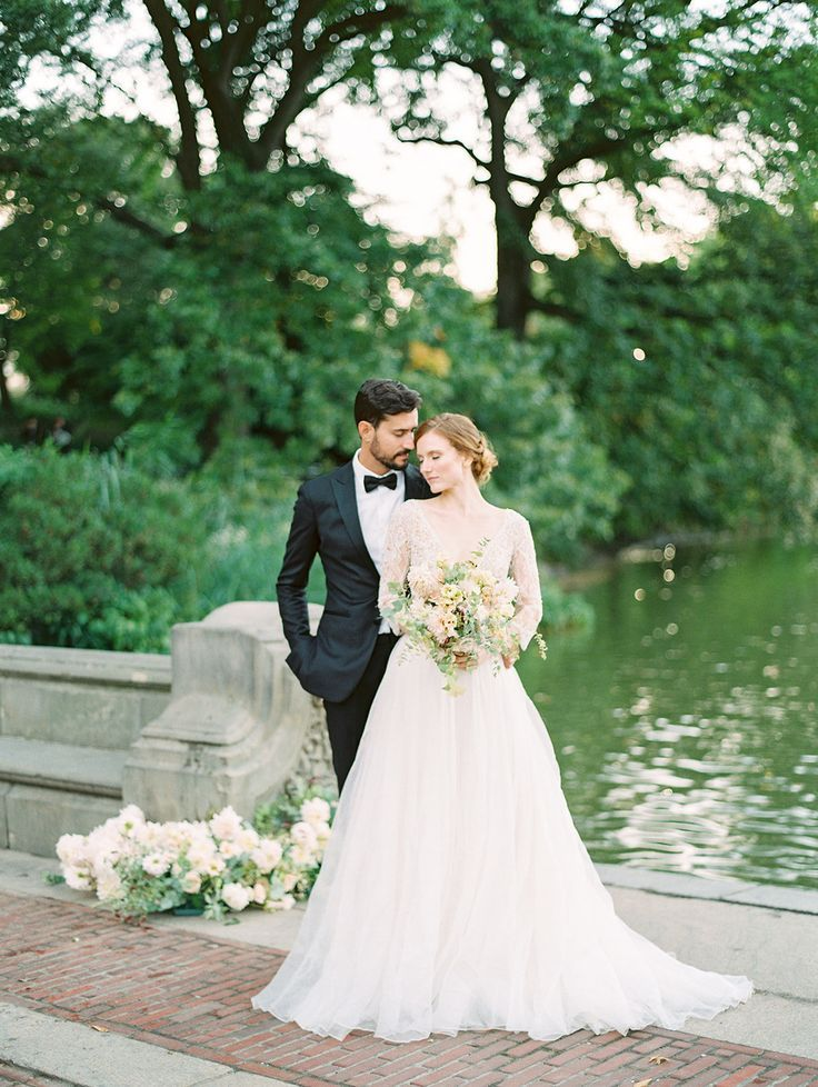 By Rachael Ellen Events In 2020 Wedding Picture Poses Bride Romantic Wedding Photography