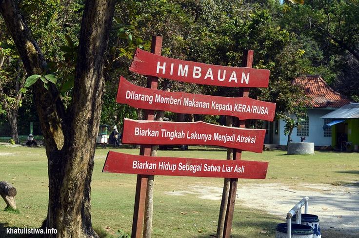 Papan himbauan di pintu masuk Cagar Alam dan Taman Wisata Pangandaran