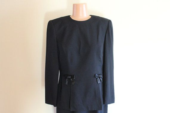 Hey, I found this really awesome Etsy listing at https://www.etsy.com/listing/214892275/vintage-donna-ricco-little-black-dress