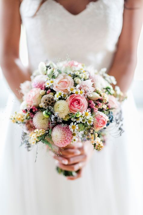 Bridal bouquets for the spring