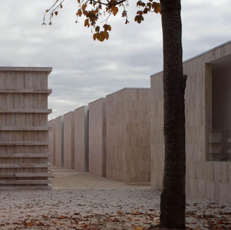 Extensión del Cementerio de Gubbio / Andrea Dragoni + Francesco Pes