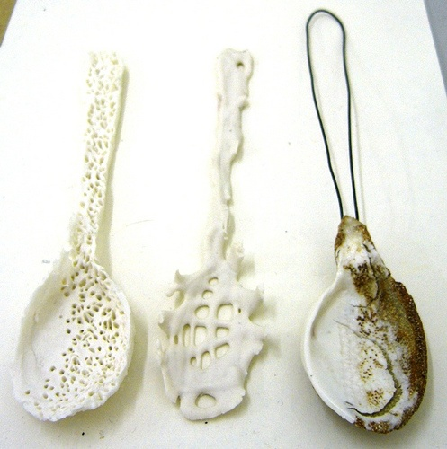 ★ handmade porcelain spoons by hodgepodgearts