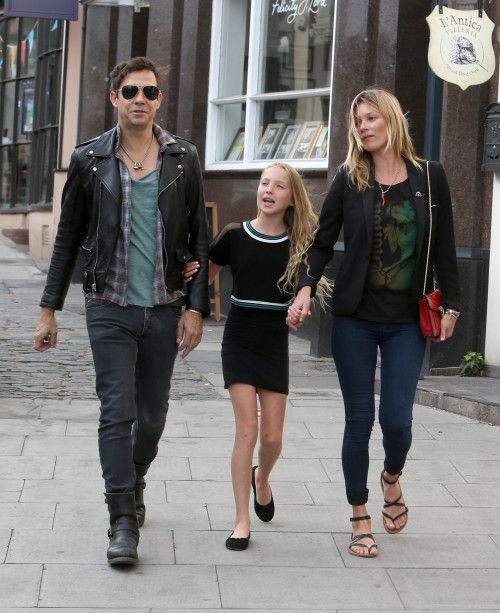 Kate Moss and Jamie Hince have family time with daughter Lila