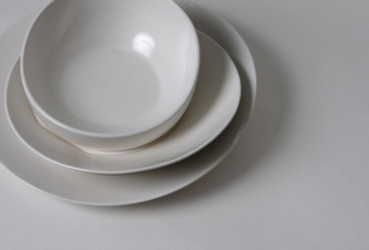 Available now ideacious: Beautiful dinnerware set - slipcast and hand glazed - both a versatile set of service wear and attractive table top décor.  All pieces are slipcast and glazed by hand and are food, dishwasher and microwave safe.