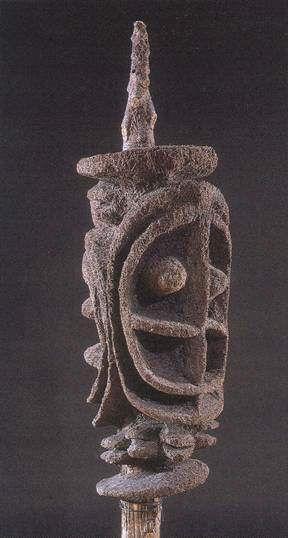 """Richesse Oblige"" Rang op Ambrym en Malakula (Vanuatu). Het nimangki-genootschap: bron van creativiteit, sociale vrede en statusverandering. (Jean P. L. De Keersmaeker)"
