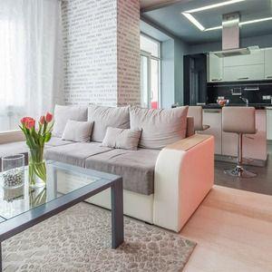Дизайн небольшой современной квартиры-студии 30 кв. м. стараниями дизайнера превратилась в удобное современное жилище, имеющее все необходимые функциональные зоны.