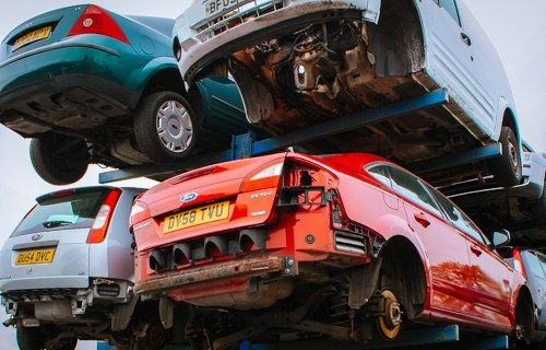 Don't block your garage with your old Junk Car. Get Cash for the old ones and buy a brand new. Give us a call at 039 791 8939 OR 0431 672 036. #CashForJunkCars